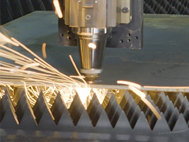 Standard operation flow of laser cutting machine